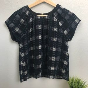 Forever 21 Plaid Shirt. Size Small